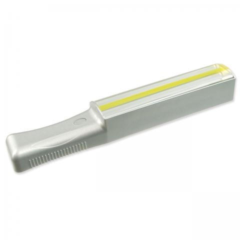 EZ LED Handheld Bar Magnifier with Thin Yellow Tracker Line